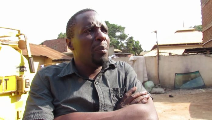 Amooti Omubalanguzi begs Etebbe zoo management to take Kapere as Zakayo successor
