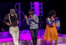 Bobi Wine excites revelers at Tugende Mu Kikadde with his Kagoma performance